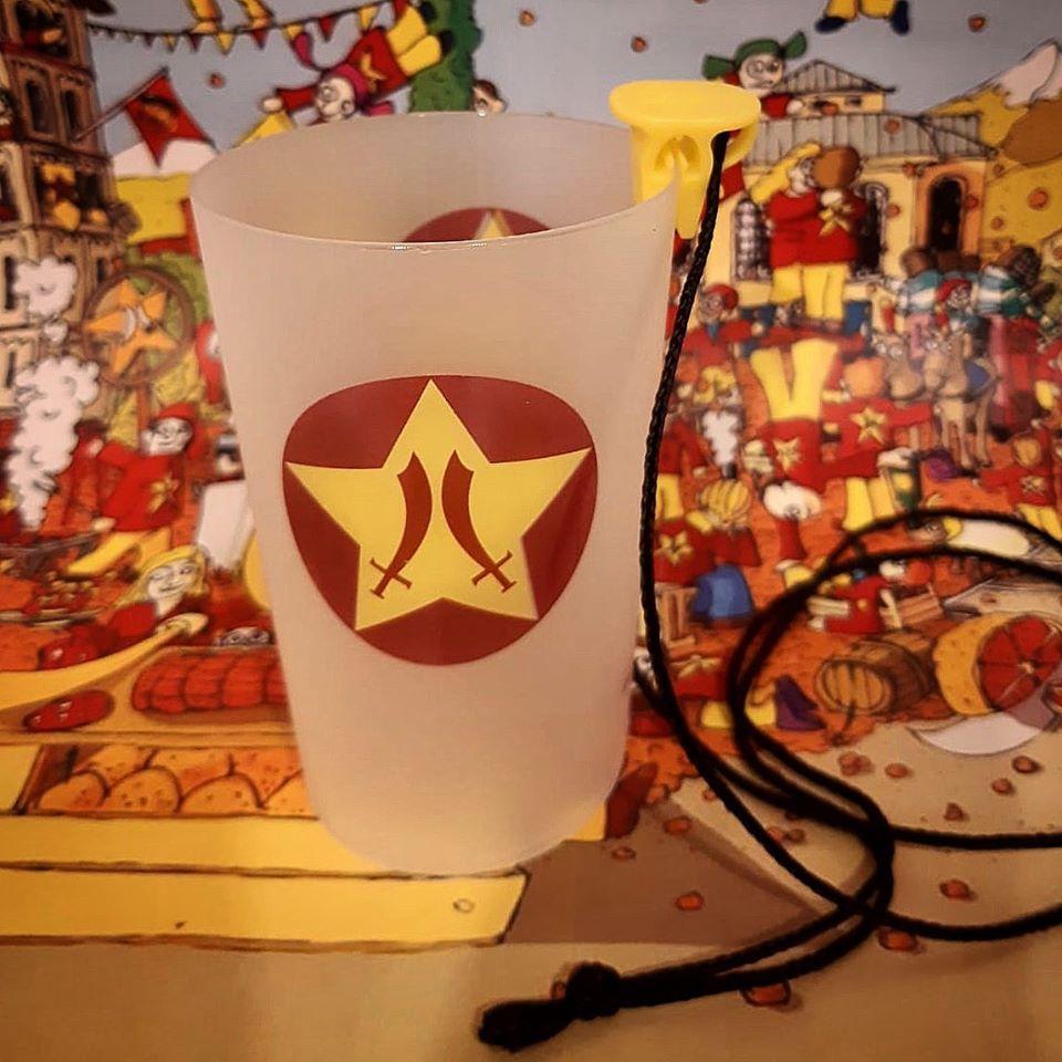 Il bicchiere riutilizzabile creato per il Carnevale di Ivrea